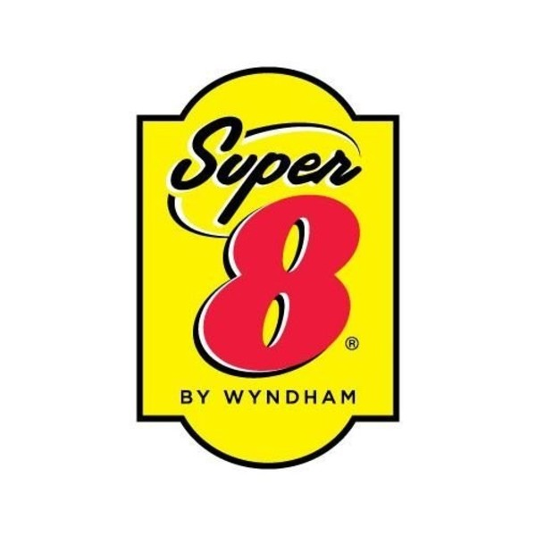 Medium super 8 logo